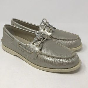 Sperry Conway Boat Platinum NWT